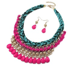 Collar color mix