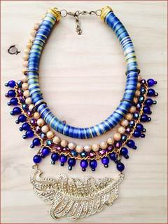 Collar blue hoja