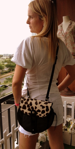 Cartera Prune gamuza y animal print NUEVA
